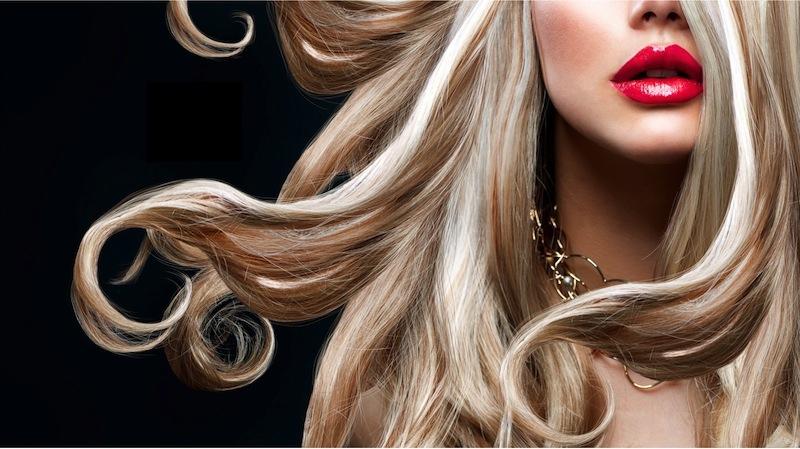 Trucchi per avere capelli lisci perfetti